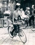 lady-on-bike-pinterest